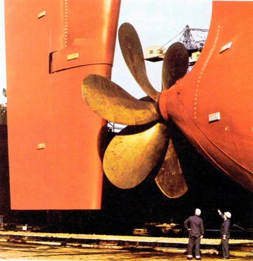 Hapag Lloyd 8 Biggest Ship Propellers in the World