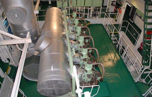 L ship engine room Dampers & De tuners: Reducing Vibration of Marine Engines