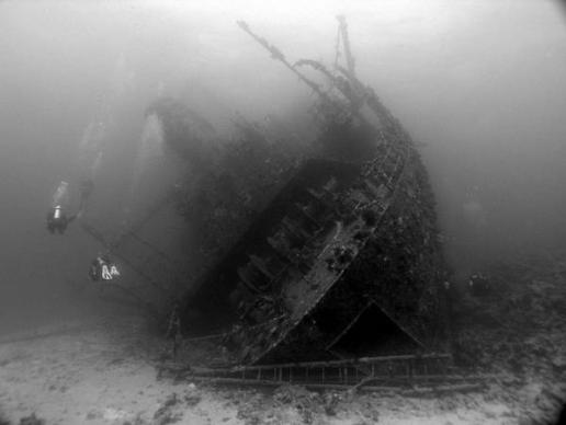 Giannis D 10 Amazing Sunken Ships of the World