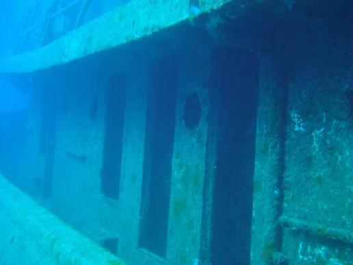 tugboat rozi 10 Amazing Sunken Ships of the World