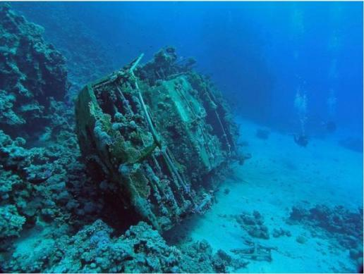 unmanned yacht 10 Amazing Sunken Ships of the World