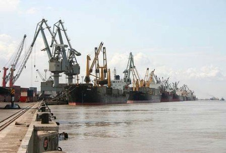 Kandla Port11 Kandla Port, Gujarat – An Important Commercial Port Of India