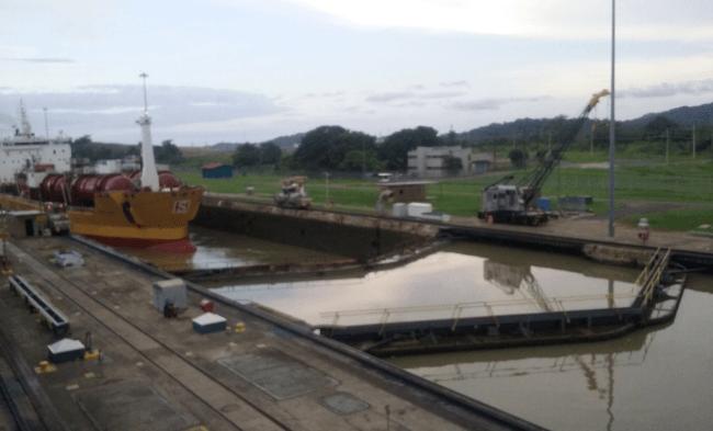 Above : The Gatun Locks