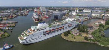 CMV_vessel_at_Damen_Shiprepair_Rotterdam