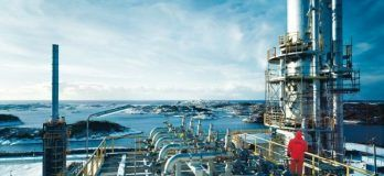 Natural_gas_separation_unit_in_Norway
