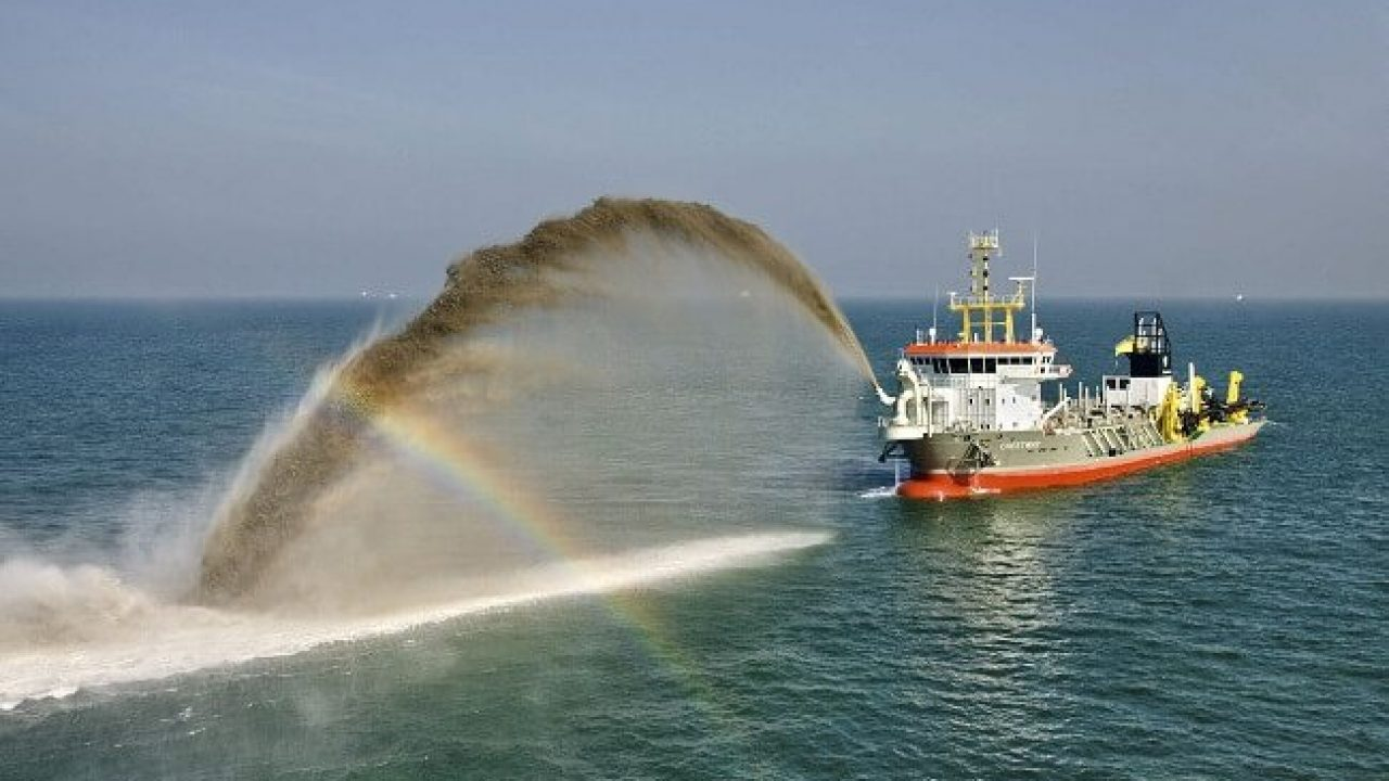 Different Types of Dredgers Used in the Maritime Industry