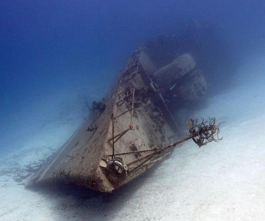 10 Amazing Sunken Ships in the World