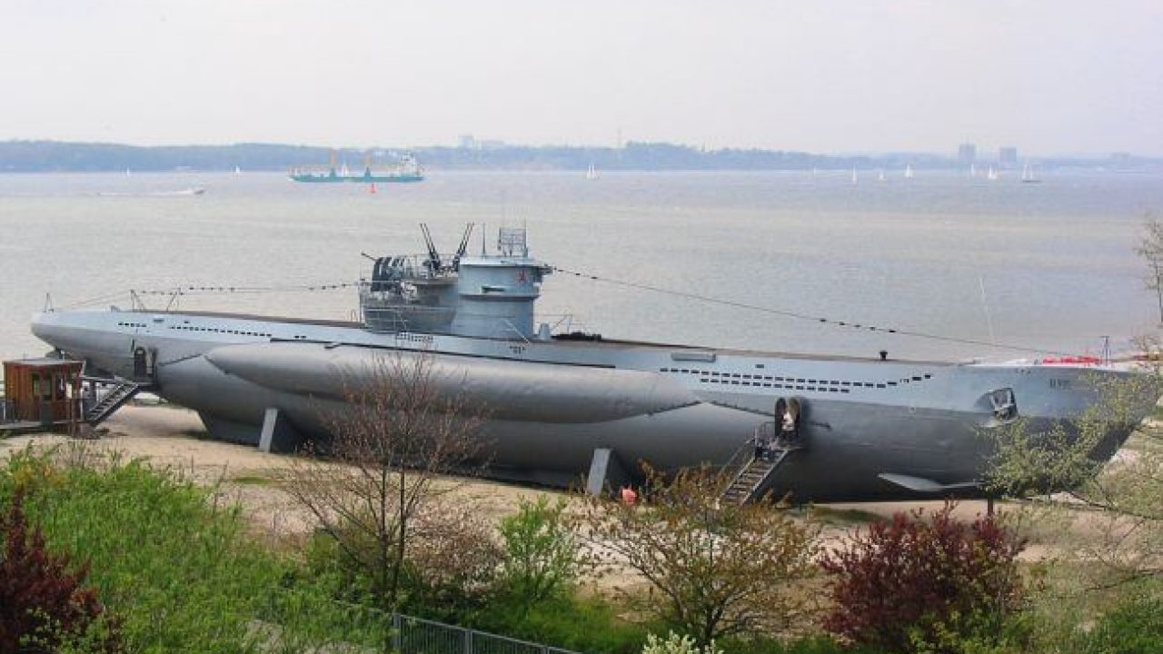 Top 12 Coolest Personal Submarines