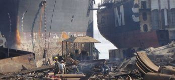 124 Ships Dangerously Broken On Beaches in South Asia in Q3