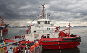 World's First LNG-Powered Tugboat