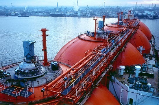 LNG-Arctic-Discoverer