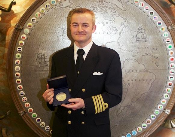 2014 IMO Bravery Award 043