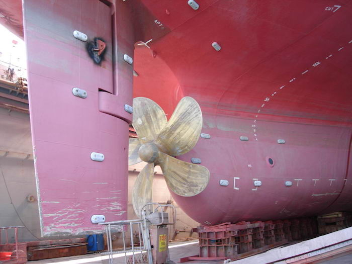 How Does A Rudder Help In Turning A Ship