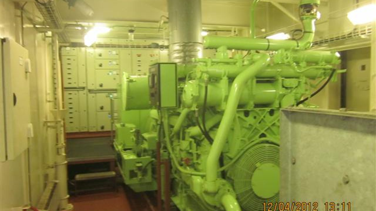 Hydraulic Starting of Emergency Generator