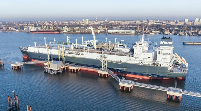 First FSRU Hoegh LNG