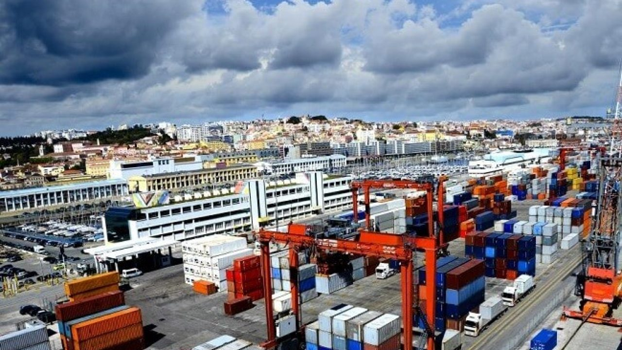 What Are Different Types of Ports For Ships?