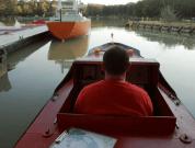 Watch: Mini-Ships Teach Pilots How To Navigate Major Waterways