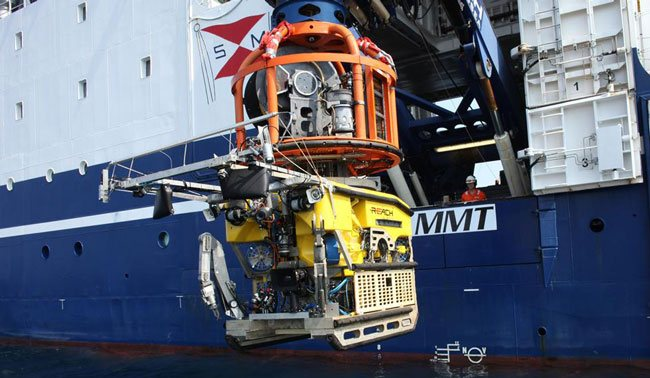 stril-explorer-launching-the-work-class-supporter-rov