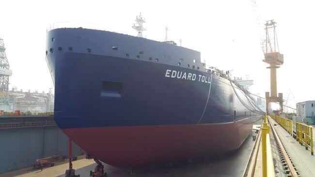 Eduard Toll Teekay Icebreaker LNG_Bow