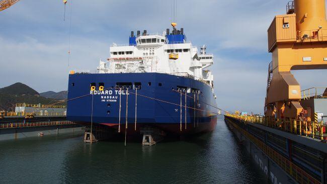 H2423-launchingEduard Toll Teekay Icebreaker LNG
