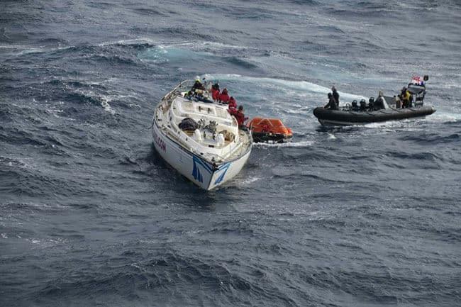 HMS-Dragon-Rescues-fishermen