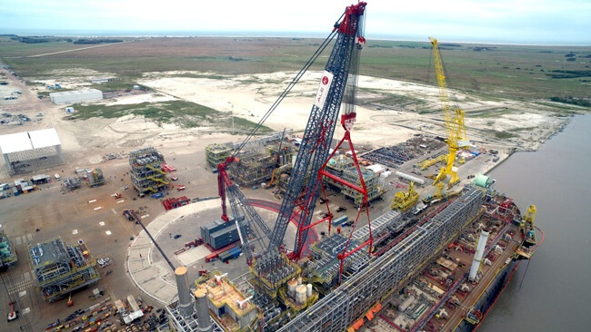 ALE-LIFT-3,000T_WORLD'S_-HEAVIEST-LAND-BASED-CRANE-LIFT3