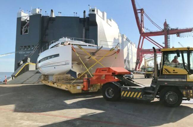 Höegh Autoliners Transport Catamaran Using Custom-Made Equipment
