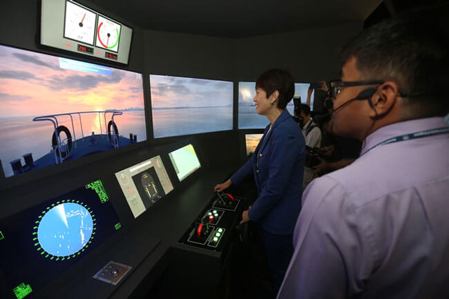 simulator_Singapore_Maritime_Gallery