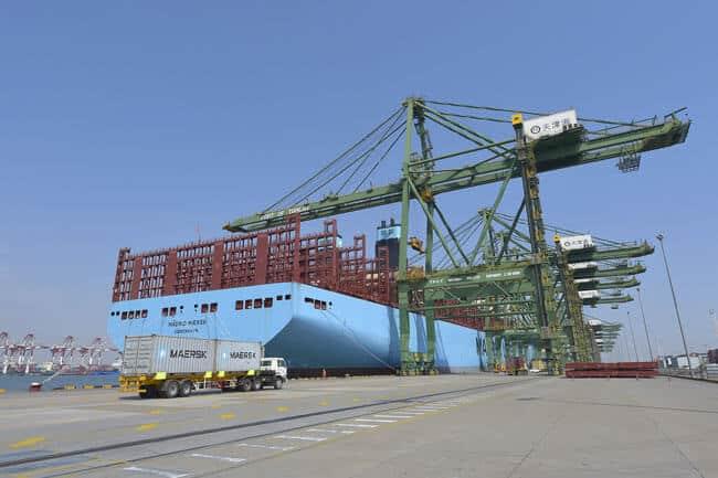 madrid-maersk-tianjin-port-2048