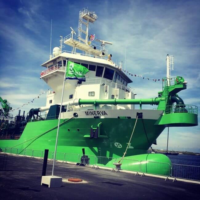 Minerva LNG Dredger1