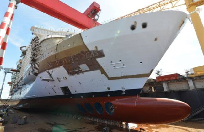 Symphony of the seas float out4