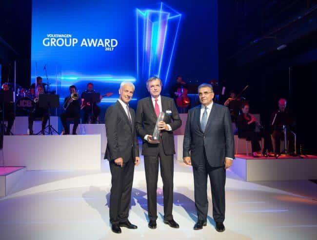 hs_group_events_VW_GroupAward_1600