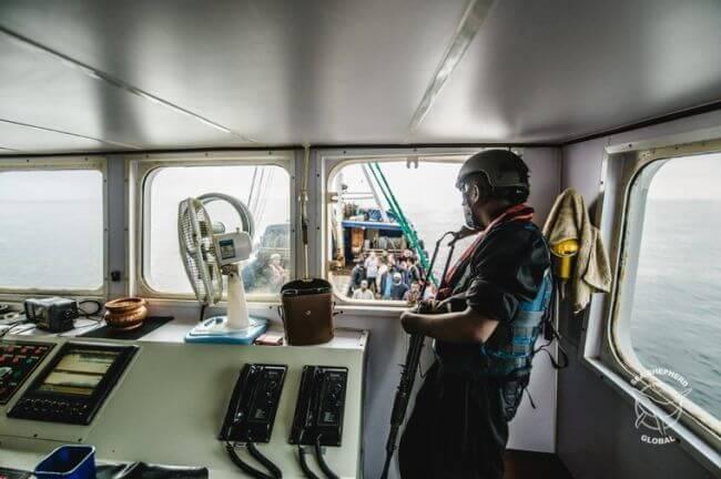 seashepherd_trawler arrest2