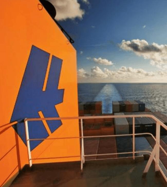HLAG_Image_TopNews_Vessel_V03