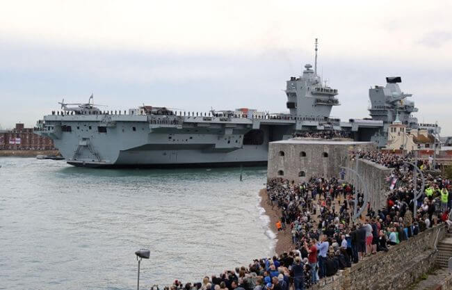 HMS Queen Elizabeth0