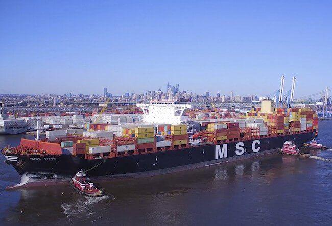 PhilaPort-Largest-Vessel-11000-Avni