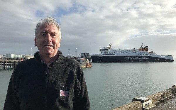 Calum_Macdonald_ferry
