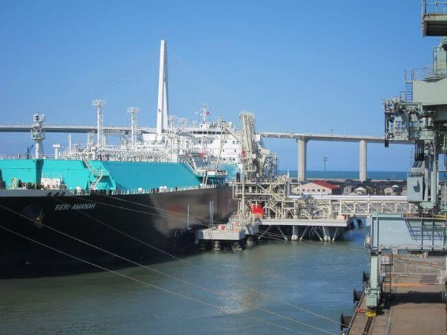 Hokuriku Electric_Petronas_first LNG Delivery