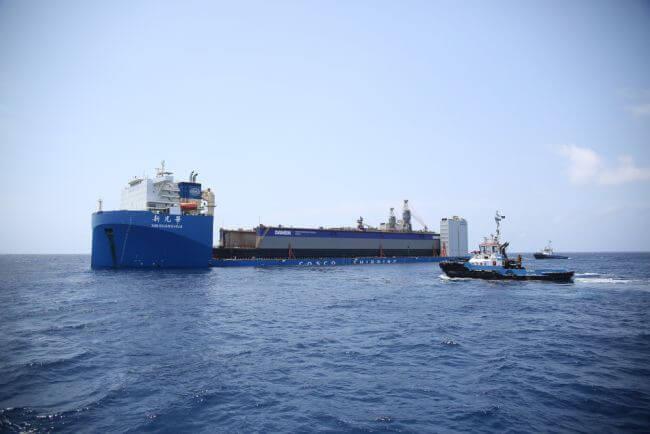 Floating docks arrive at DSCu (1)_lowres