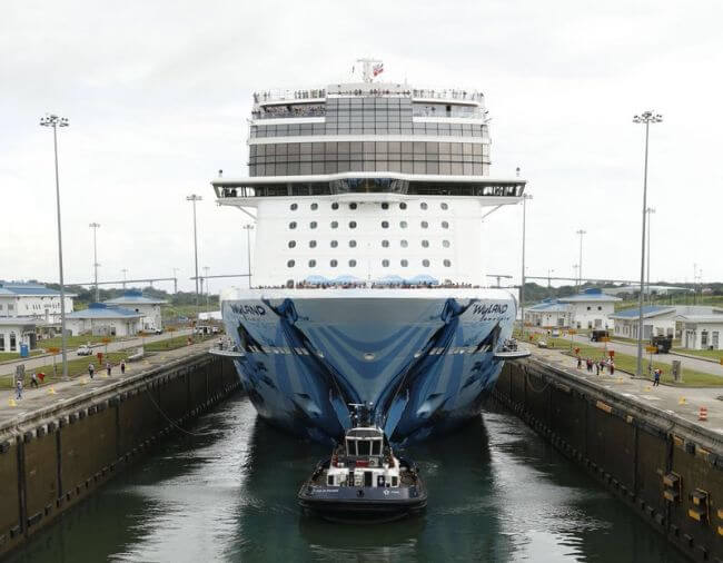 norwegian bliss in expanded panama canal_transit