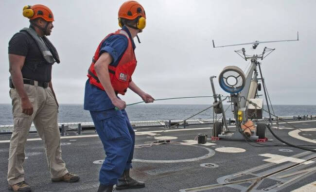 scaneagle_uscgc_bertholf_launch
