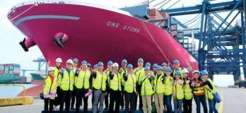 ONE's First 14,000 TEU-Class Magenta Containership Embarks On Maiden Voyage