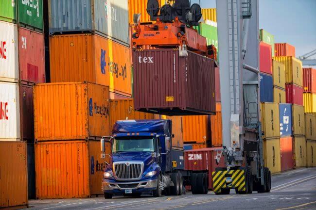 ZIM_hapag llyod containers representation _savanna_GPA