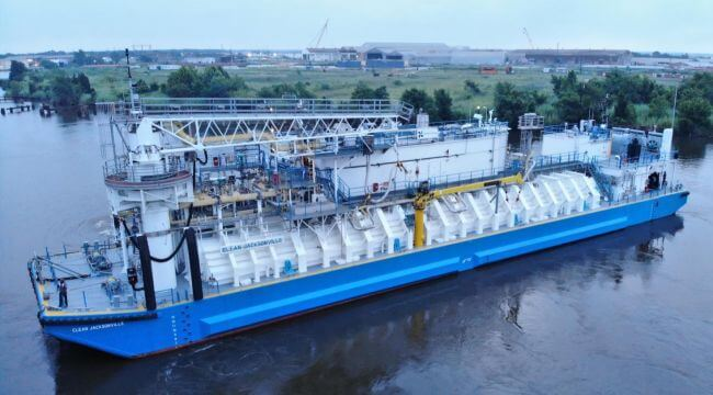 North America%u2019s First LNG Bunker Barge