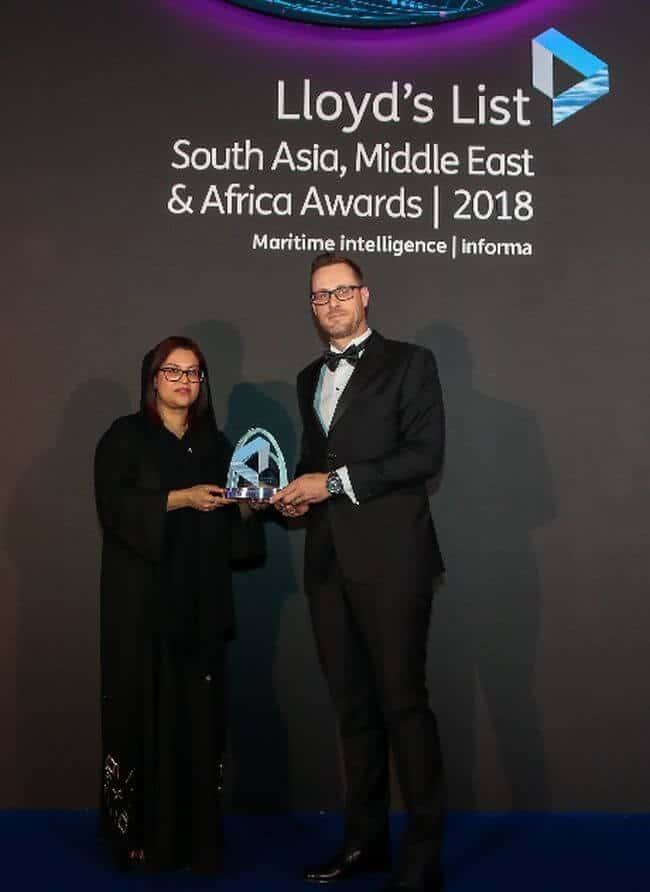 Jan Van Hyfte of Jan De Nul Group Fleet Department collected the Environment Award in Dubai.