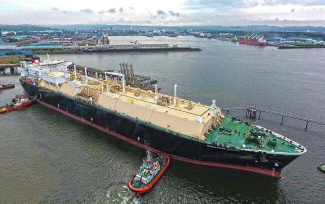 PETRONAS Completes First Commercial Gassing Up and Cooling Down Services in Bintulu