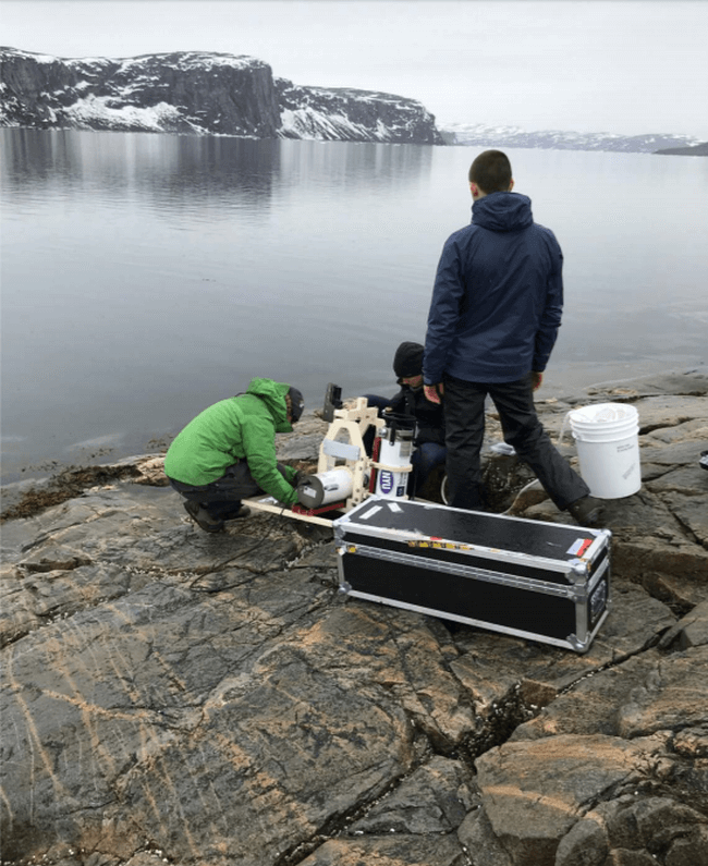 Sea Level Variation Study Using GPS and an Ice Profiling Sonar in the Disko Bay Region of Western Greenland
