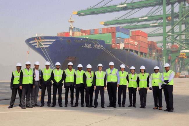 HYUNDAI MERCHANT MARINE STARTS CHINA INDIA EXPRESS SERVICE CALLS