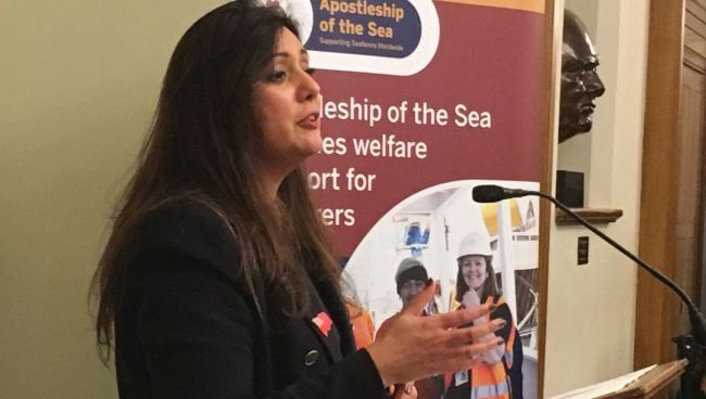 Shipping minister backs equal rights for seafarers