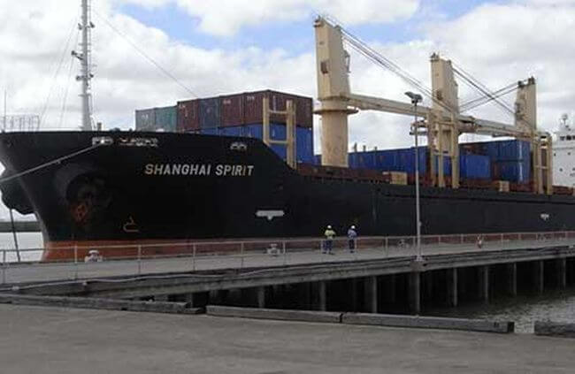 Serious injuries on board a bulk carrier ship